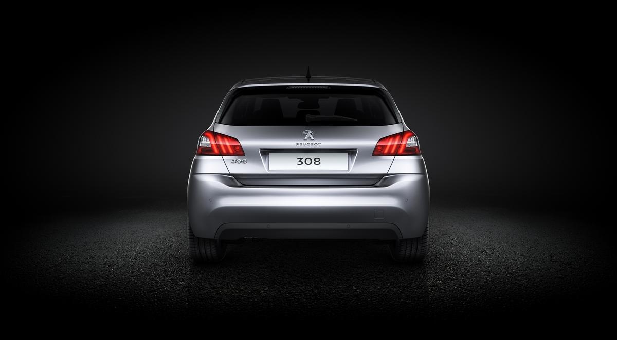 новый хетчбек Peugeot 308